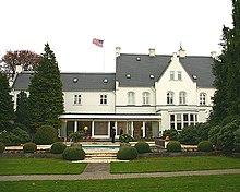 den amerikanske ambassade åbningstider