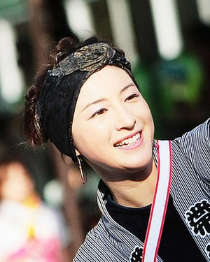 Departures (2008 film) - Ryōko Hirosue, who had formerly worked with Takita, was cast as Mika.
