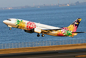 Solaseed Air - A Skynet Asia Airways Boeing 737-400 taking off from Haneda Airport, Tokyo (2007)