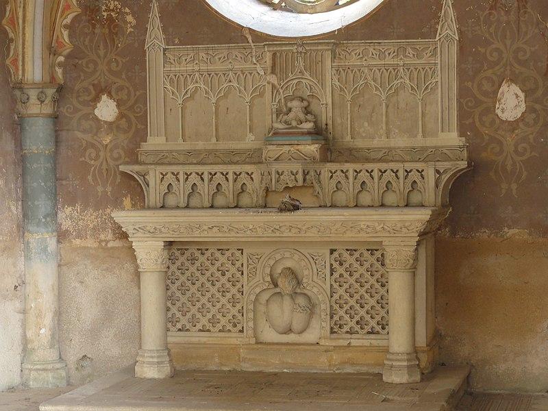 Saint-Laurent-sur-Othain (Meuse) chapelle D 128 intérieur