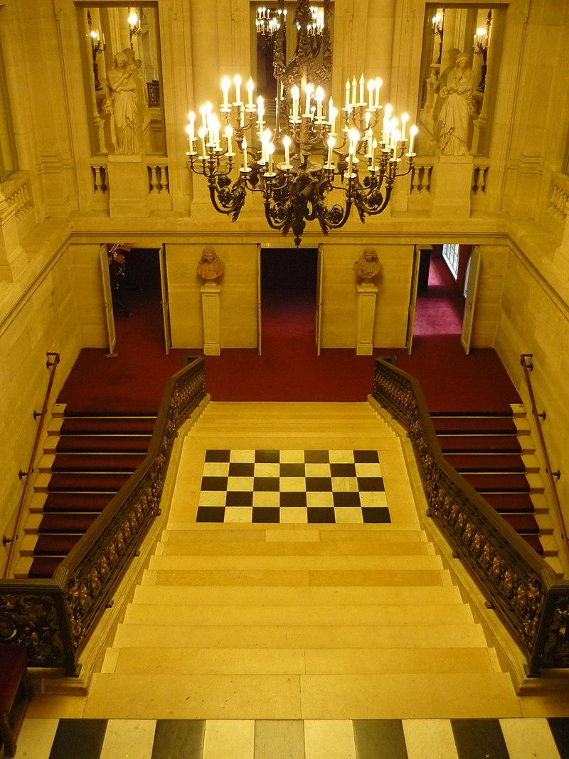 дворец пале рояль фото изнутри эму это страшно