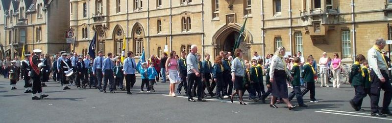 Scout march in front of Balliol College, Oxford, 2004.jpg