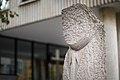 Sculpture Drei Muschelkalkstelen Ulrike Enders Berliner Allee Hanover Germany 03.jpg