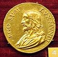 Scuola romana, medaglia di pio V, busto di cristo, 1571, oro.JPG