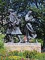 Selkirk Settlers Monument, Waterfront Drv, Winnipeg (501572) (15523113853).jpg