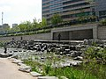 Seoul-Cheonggyecheon-05.jpg