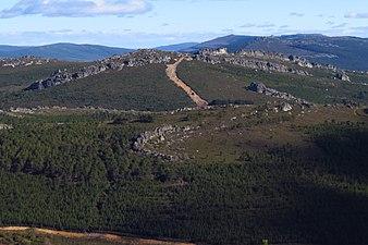 Sierra de la Culebra desde Peña Mira 2.jpg