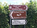 Sign to St Elidyr's Church (Amroth - not Llanteg) - Confusing^ - geograph.org.uk - 986066.jpg