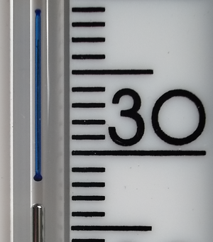 Six's thermometer - Marker showing the maximum temperature. Mercury has retreated to about 26.5°C as the temperature has dropped below its maximum of about 28.3°C.