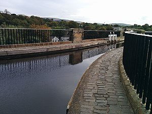 Slateford Aqueduct - The view from the towpath