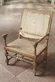 Sliten stol av ek från 1650-talet - Skoklosters slott - 98205.tif