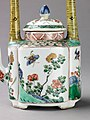 Small covered wine pot or teapot MET SLP1720-1.jpg