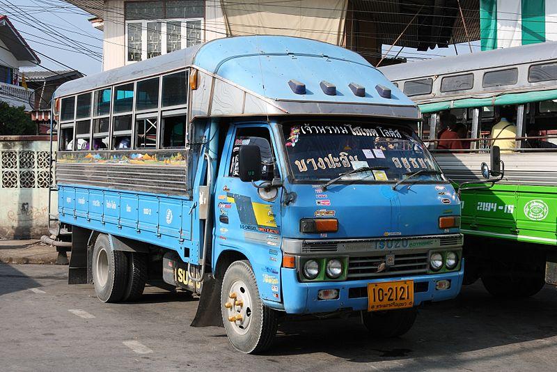 File:Songthaew in Ayutthaya 01.jpg