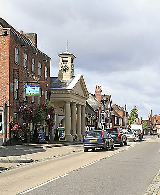 Botley, Hampshire - Image: South side of High Street, Botley geograph.org.uk 212646