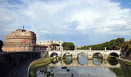 De Engelenbrug over de Tiber in Rome
