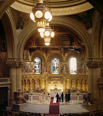 Stanford Memorial Church - A wedding ceremony in the chancel