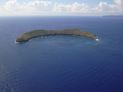 Starr 041014-0402 Molokini - General View in October 2004.jpg