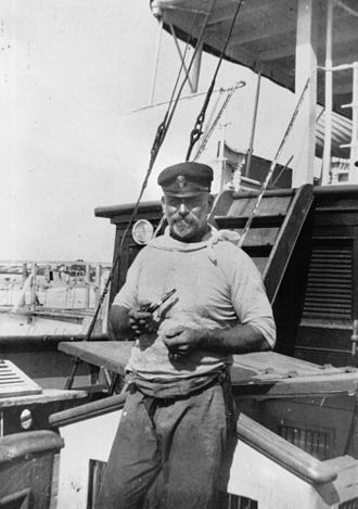 Thomas Welsby - Tom Weslby on board the vessel, Bearen on the South Passage