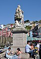 Statue of William III in Brixham.jpg