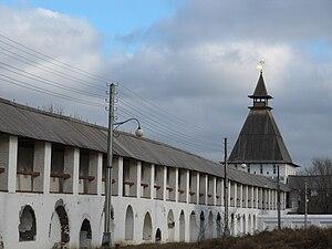 Astrakhan Kremlin - Walls and towers