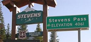 Stevens Pass - Image: Stevens Pass Signs 2700px