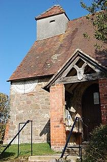 Sundial, Aylton Church - geograph.org.uk - 1217482.jpg
