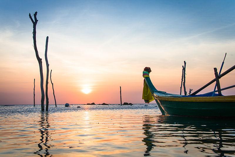 File:Sunset - Ko Lanta - Thailand (12214506556).jpg
