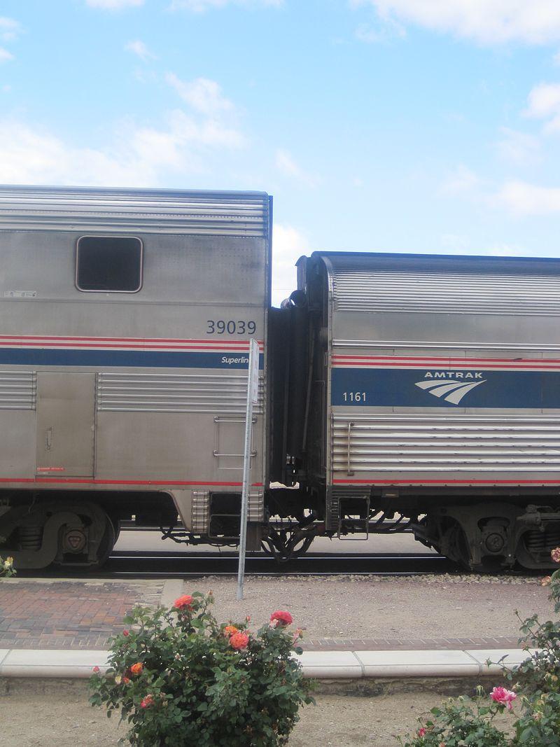 superliner railcar howlingpixel superliner transdorm jpg