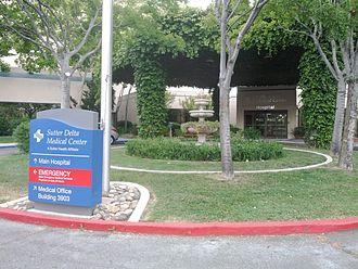 Sutter Delta Medical Center - Image: Sutter Delta Medical Center entrance, Antioch, CA May 2013