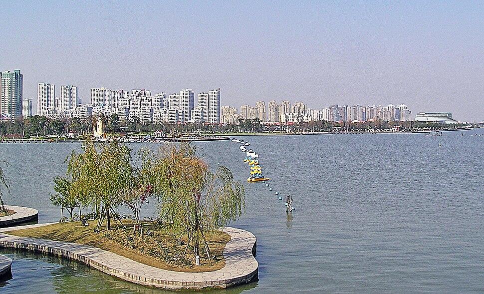 Suzhou Industrial Park (SIP) - West Bank of Jin Ji Lake.jpg