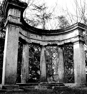Pre-war architecture - Pre-war German architecture at the Central Cemetery in Szczecin