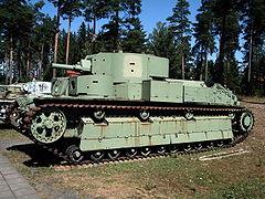 Czołg T-28 w fińskim Muzeum Czołgów Parola