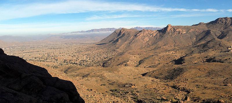 File:Tafraout Landscape Amanuz.jpg