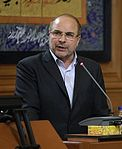 Tehran Mayor Mohammad Bagher Ghalibaf delivers speech in City Council building (cropped).jpg