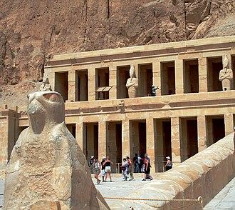 Mortuary Temple of Hatshepsut - Image: Temple of Hatshepsut 4
