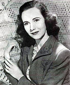 Teresa Wright Argentinean Magazine AD cropped.jpg