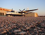 The Aero Turbo-Commander (464252569).jpg