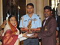 The President, Smt. Pratibha Devisingh Patil presenting the Arjuna Award-2009 to Shri Ignace Tirkey for Hockey, in a glittering ceremony, at Rashtrapati Bhawan, in New Delhi on August 29, 2009.jpg