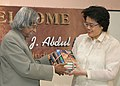 The President Dr. A.P.J. Abdul Kalam presented a set of books written by him to the Director of College of Nursing, University of Philippines at Manila on Feb 3, 2006.jpg