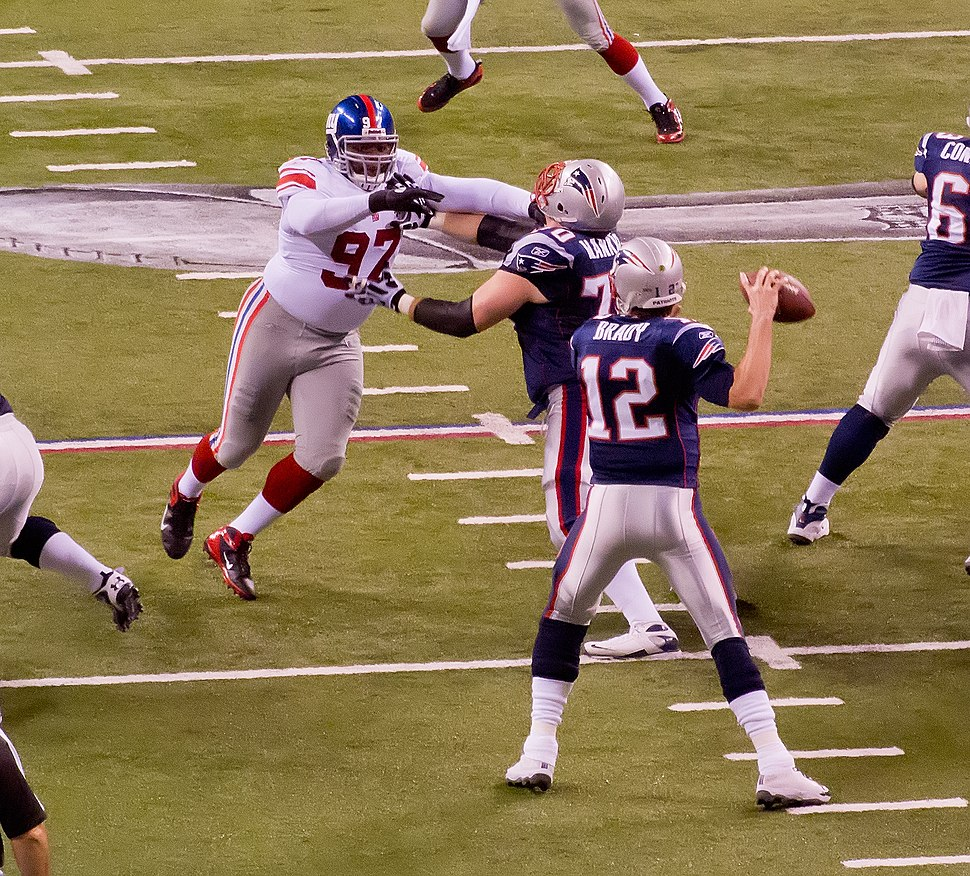 Tom Brady blocked. (6837565229)