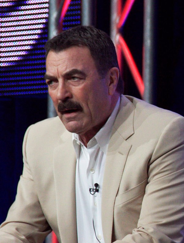 Photo Tom Selleck via Wikidata