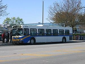 Coast Mountain Bus Company - Image: Translink bus R7149