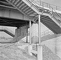 Trappen voor de voetgangers, Bestanddeelnr 254-4703.jpg