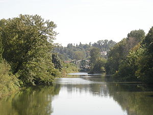 Duwamish River - The Green River at Tukwila, slightly upstream of where it becomes the Duwamish.