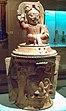 Urna funeraria maya Kinich Ahau (M. América Inv.91-11-12) 01.jpg