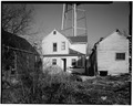 VIEW OF REAR (WEST); LOOKING EAST. - Manlius Thomas House, 125 North Mulberry Street, Georgetown, Scott County, KY HABS KY,105-GEOTO,6-4.tif