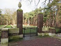 Valkenswaard War Cemetery.jpg