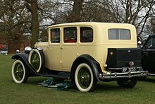 Vauxhall Grosvenor 20-60 mfd 1929 per owner or 1930 per DVLA 2900cc sic DVLA rear three quarters.JPG