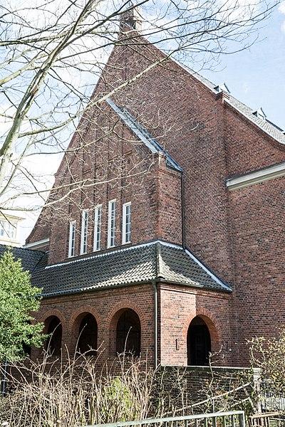 File:Versöhnungskirche (Hamburg-Eilbek).Fassade Eilbek.24542.ajb.jpg