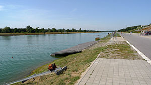 Veslarsky kanal Racice 39.JPG